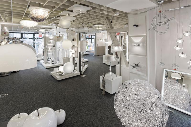 Leuchtengeschäft-Panorama