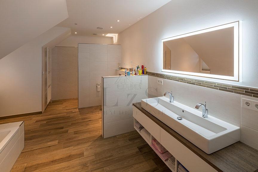 LzS-Licht Neubau Badezimmer