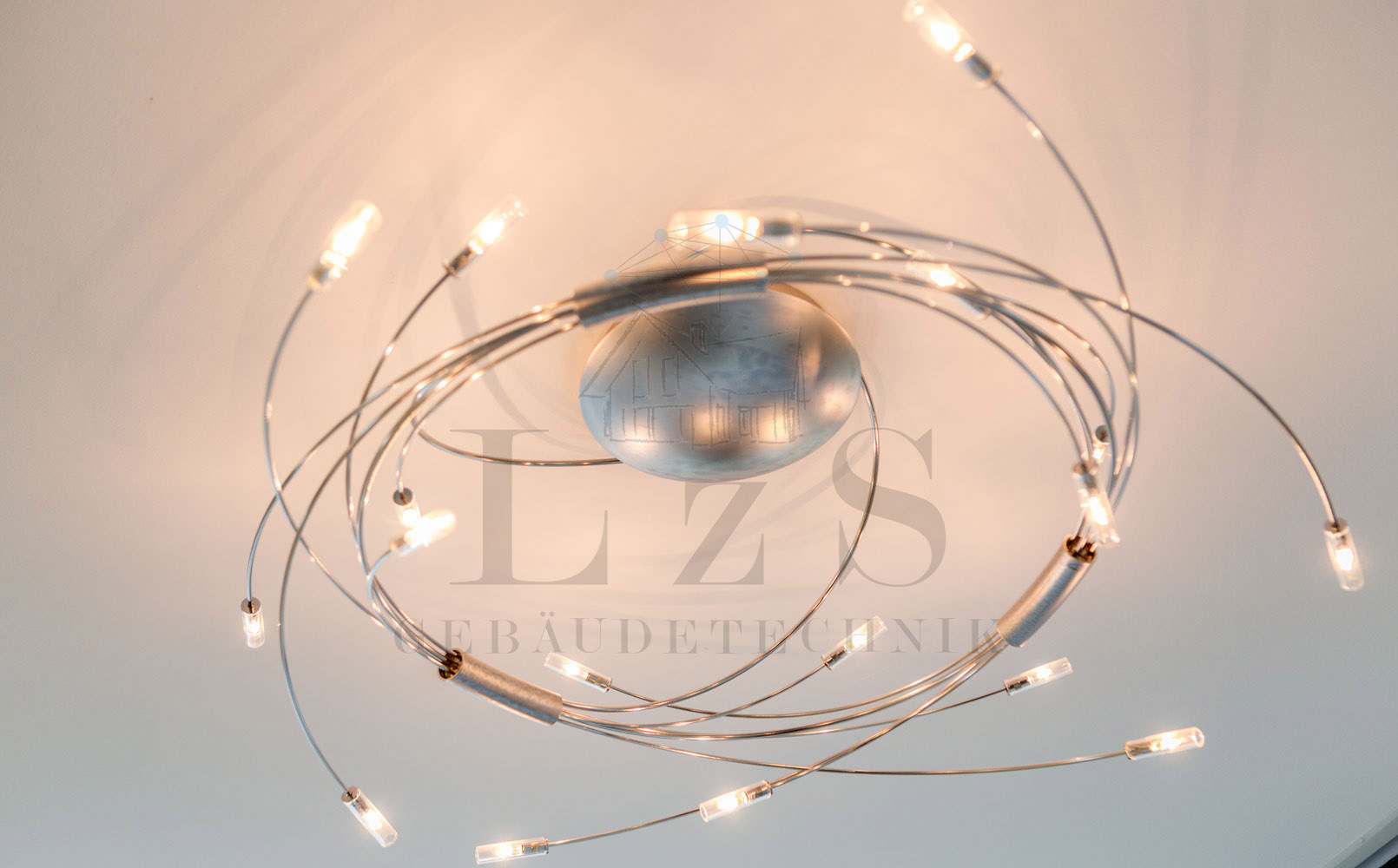 LzS-Projekt DH Deckenleuchte Detail